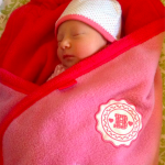 baby meisje van Sanne